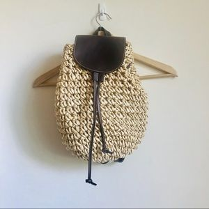 Vintage wicker straw faux leather backpack